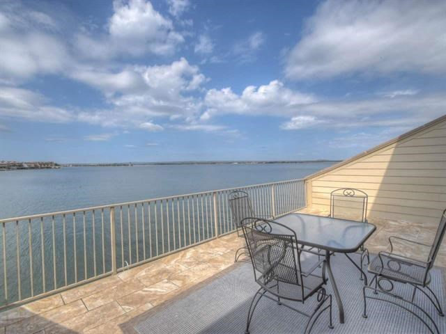 Photo of home for sale at 616 Horseshoe Bay North BLVD, Horseshoe Bay TX