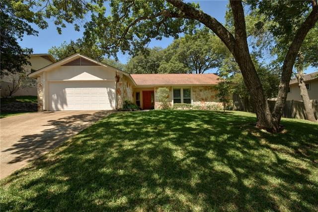 Photo of home for sale at 1302 Wilson Heights DR, Austin TX