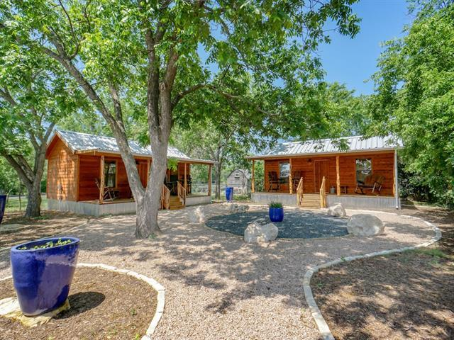 Photo of home for sale at 406 Columbus DR S, Fredericksburg TX
