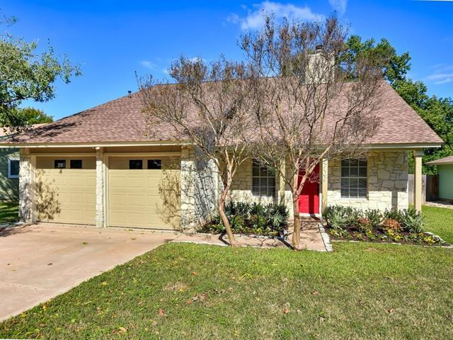 Photo of home for sale at 4506 Adelphi LN, Austin TX