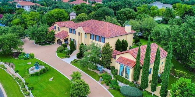 Photo of home for sale at 112 Bella Cima DR, Austin TX