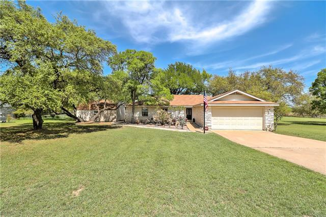Photo of home for sale at 132 Valley View RD, Georgetown TX
