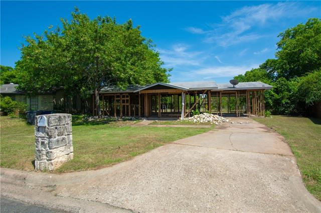 Photo of home for sale at 4617 Jinx AVE, Austin TX
