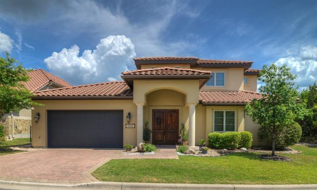 Photo of home for sale at 8905 Villa Norte DR, Austin TX