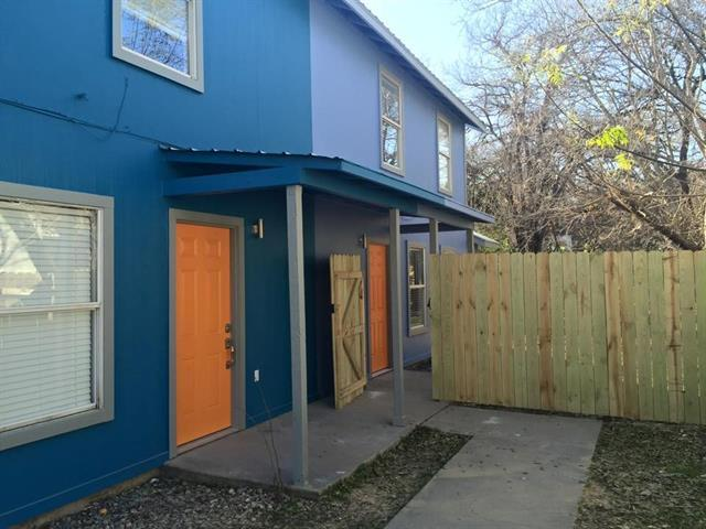 Photo of home for sale at 1312 Cometa ST, Austin TX
