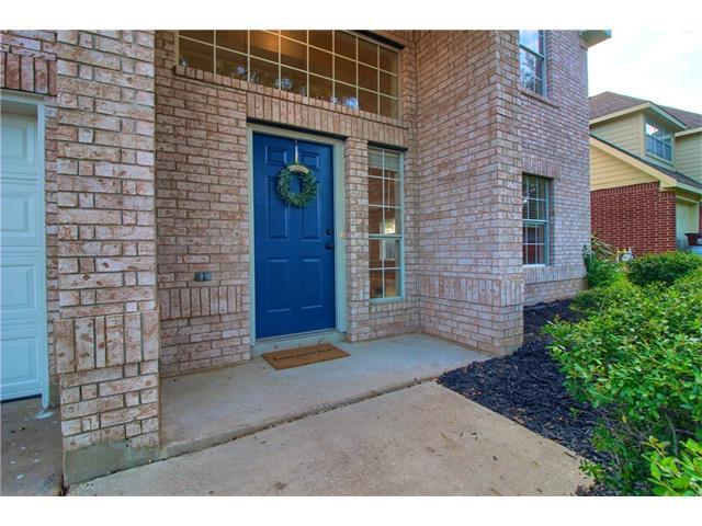Photo of home for sale at 2212 Sedgewick LN, Round Rock TX