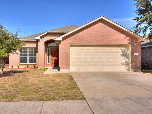 Photo of home for sale at 1818 Rachel LN, Round Rock TX