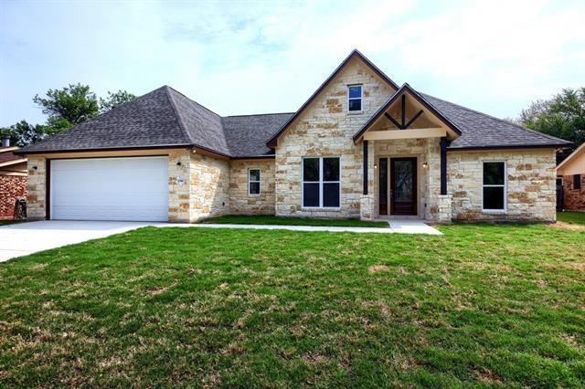 Photo of home for sale at 2700 Donna DR, Taylor TX