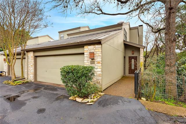 Photo of home for sale at 1821 Westlake DR, Austin TX