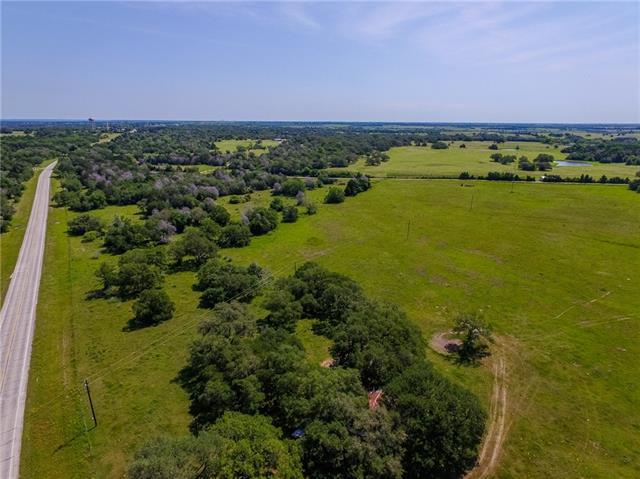 Photo of home for sale at 815 FM 609 S, Muldoon TX