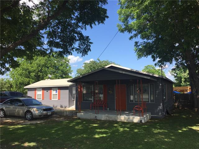Photo of home for sale at 212 Fm 1660 S, Hutto TX