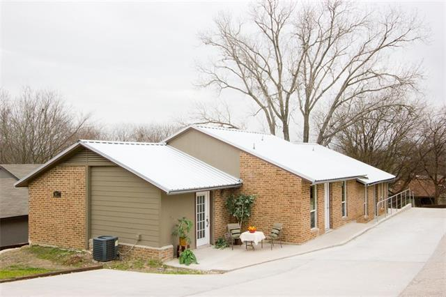 Photo of home for sale at 5402 Atascosa DR, Austin TX