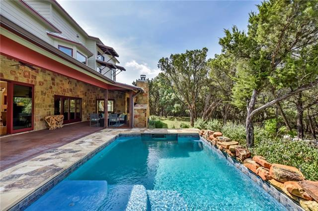 Photo of home for sale at 750 Onion Creek Ranch DR, Driftwood TX