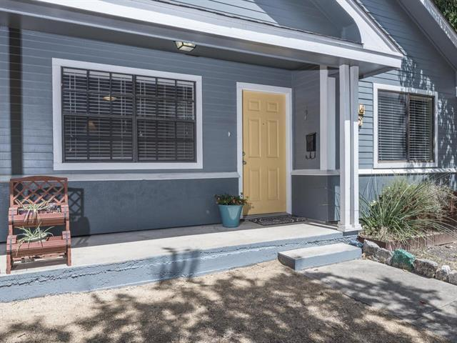 Photo of home for sale at 5614 1/2 Jeff Davis AVE, Austin TX