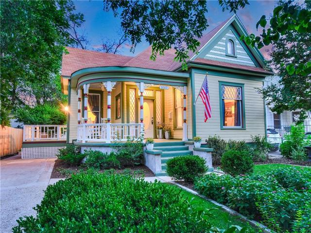 Photo of home for sale at 1007 Willow ST, Austin TX